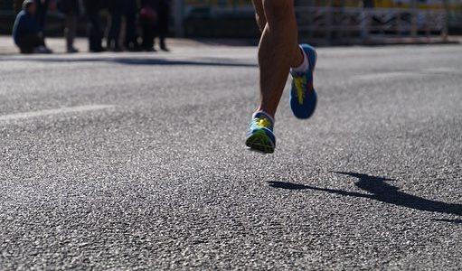 Sara Hall domine Stephanie Bruce aux championnats américains de 10K  – Course à pied