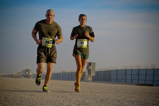 course à pied jeux olympiques ou marathon zombie