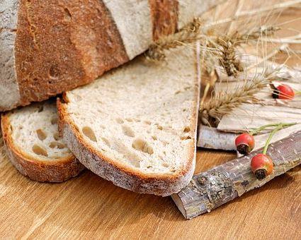 Calories du pain et sucre, la valeur nutritive et bénéfices pour la santé