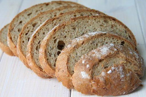 Calories du pain de thon, chiffres nutritive et bénéfices pour la santé