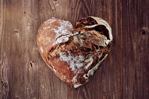 Calories du pain de mie complet, la valeur nutritionnelle et vertues pour la santé