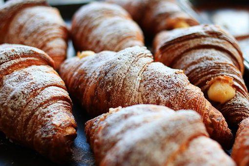 Calories du pain de cake, chiffres nutritive et bénéfices pour la santé