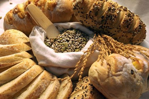 Calories du pain au levain, chiffres nutritive et bénéfices pour la santé