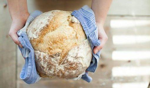 Calories du pain grillé complet, la valeur nutritive et bénéfices pour la santé