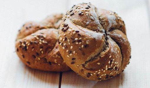 Calories du pain compost, chiffres nutritive et vertues pour la santé
