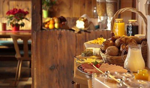 Calories du pain aux céréales, la valeur nutritionnelle et bienfaits pour la santé