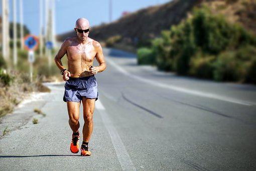 course à pied itinéraire pour marathon en anglais